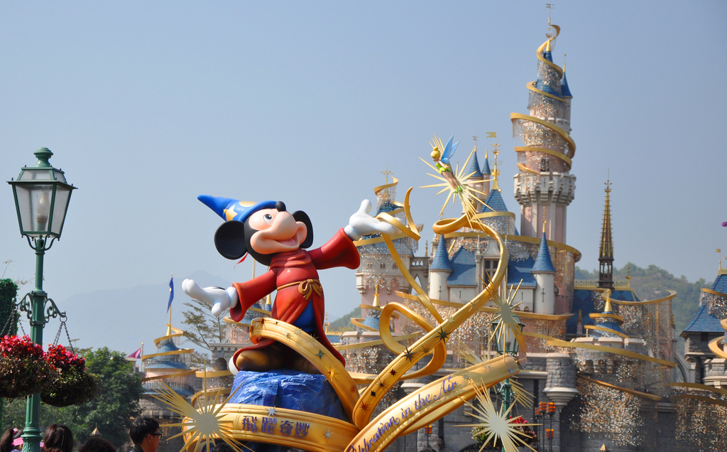 Disneyland: Tomorrowland&Fantasyland